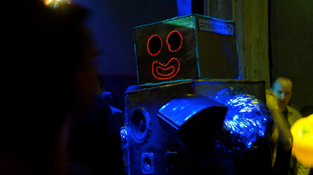 #robotdanceparty at Venue 550